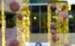 Weihnachtshintergrund mit bokeh Lichtern stockbilder