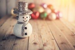 Weihnachtshintergrund mit festlicher Dekoration Lizenzfreies Stockbild