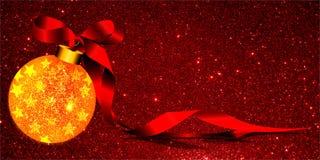 Weihnachtshintergrund mit gelber Verzierung und Band auf einem roten Funkelnhintergrund stock abbildung