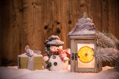 Weihnachtshintergrund mit Laterne Lizenzfreies Stockfoto