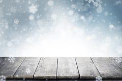 Weihnachtshintergrund mit leeren Weinleseplanken und copyspace für Stockbilder