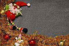 Weihnachtshintergrund mit Sankt Lizenzfreie Stockfotografie