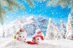 Weihnachtshintergrund mit Schneemann lizenzfreie abbildung