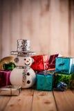 Weihnachtshintergrund mit Schneemann Lizenzfreie Stockfotografie