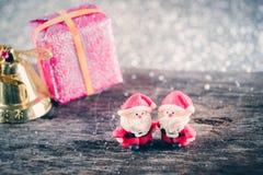 Weihnachtshintergrund mit Weihnachtsdekoration Lizenzfreie Stockfotografie