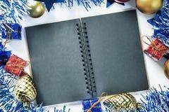 Weihnachtshintergrund tonte Foto für Grußmitteilung Stockfoto