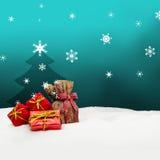 Weihnachtshintergrund - Weihnachtsbaum - Geschenke - Türkis - Schnee Stockfotos