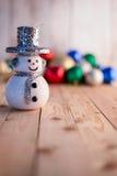 Weihnachtshintergrundkonzept mit Dekorationseinzelteilen Stockfotos