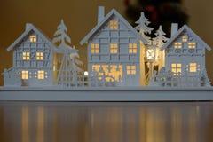 Weihnachtsholzhausdekoration lizenzfreie stockfotografie