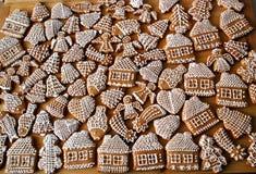 Weihnachtshonig-Lebkuchen Stockfotos