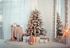 Weihnachtsinnenraum Stockfotografie