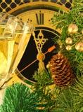 Weihnachtskarte. Gläser Champagner Stockfoto