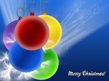 Weihnachtskarte mit farbigen Kugeln Stockfotografie