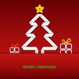 Weihnachtskarte mit gefalteter Weißbuchbaumschablone Stockfotos