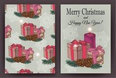 Weihnachtskarte mit Hand gezeichneten Geschenkboxen, Tannenbaum, Tannenzapfen, Kerze Lizenzfreie Stockfotos
