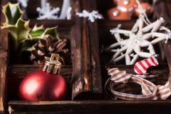 Weihnachtskarte mit Kasten Spielwaren Lizenzfreie Stockbilder