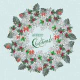 Weihnachtskarte mit Kranz von Stechpalme Beere und Cineraria Lizenzfreies Stockbild