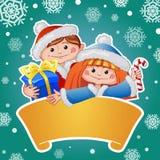Weihnachtskarte mit nettem Mädchen und Jungen Stockbilder