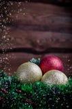 Weihnachtskarte mit Spielzeug drei Lizenzfreie Stockfotografie