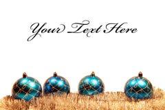 Weihnachtskarte mit Weihnachtenbaum Dekorationen Stockfotografie