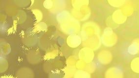 Weihnachtskarten-Grußschattenbildhintergrund Bemannt Hand verzieren Weihnachtsbaum Goldener Leuchte-Hintergrund gelb stock footage