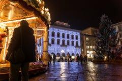 Weihnachtskarussell in Marktplatz della Repubblica lizenzfreie stockfotografie