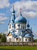 Weihnachtskirche auf Srednyaya Rogatka in St Petersburg Stockfotografie