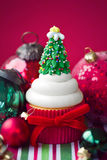 Weihnachtskleiner kuchen Stockbilder