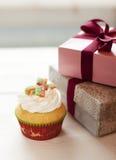 Weihnachtskleiner kuchen Lizenzfreies Stockfoto