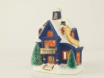 Weihnachtskleines Haus Stockfoto