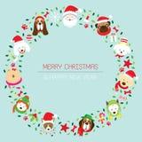 Weihnachtskranz mit verschiedenen Hunderassen Lizenzfreie Stockfotos