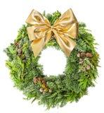 Weihnachtskranzkiefer und goldenes Band der Fichte beugen Stockfoto