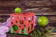 Weihnachtskuchen in Form des Würfels Lizenzfreies Stockbild