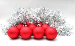Weihnachtskugeln rot Stockfotografie