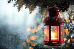 Weihnachtslaterne lizenzfreies stockbild