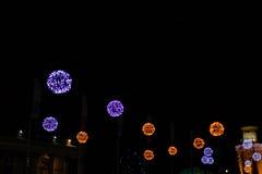 Weihnachtslaterne und gemütliche Lichter Lizenzfreies Stockbild
