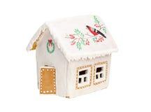 Weihnachtslebkuchenhaus mit einem Vogel, Kranz Stockbilder