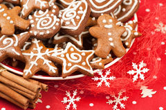 Weihnachtslebkuchenplätzchen Stockfoto