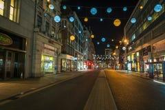 Weihnachtslichter auf Oxford-Straße, London Großbritannien Stockbild