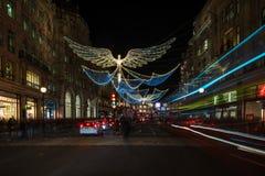 Weihnachtslichter auf Regent Street, London Großbritannien Stockfotos