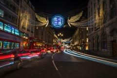 Weihnachtslichter auf Regent Street, London Großbritannien Stockbilder