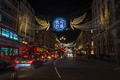 Weihnachtslichter auf Regent Street, London Großbritannien Stockfoto