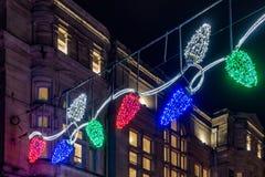 Weihnachtslichter zeigen in Cardiff Wales am 15. Dezember 2018 an lizenzfreies stockfoto