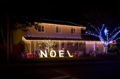 Weihnachtslichthaus lizenzfreie stockbilder