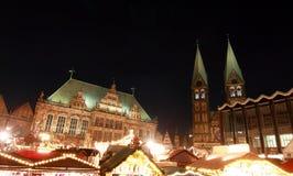 Weihnachtsm?rkt (servizio di natale) a Brema immagini stock libere da diritti