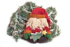 Weihnachtsmann über Weihnachtsdekoration Lizenzfreie Stockfotografie
