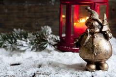 Weihnachtsmann auf Weinlese Weihnachtshintergrund Stockfoto