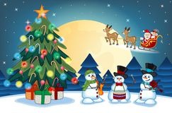 Weihnachtsmann, der den Schlitten mit Ren weitergeht Lizenzfreie Stockbilder