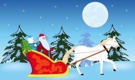 Weihnachtsmann geht zum Schlitten auf Weiß Stockbild