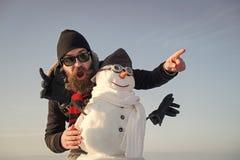 Weihnachtsmann mit Bart auf glücklichem Gesicht stockfotografie